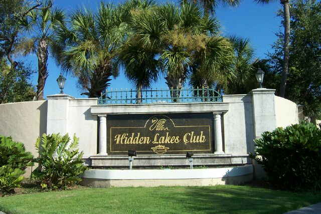 Hidden Lakes Club