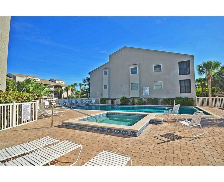 Pelican Landing Condos For Sale in Englewood, Florida